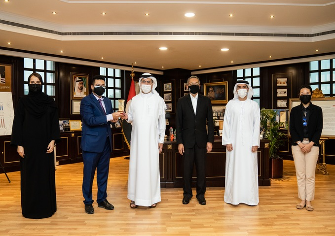 HE Saeed Mohammed Al Tayer with the Malaysian delegates